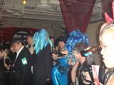髪の色は青が人気