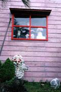 窓からマネキン
