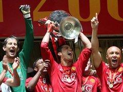 Cristiano-Ronaldo-Manchester-United-Champions_889103.jpg