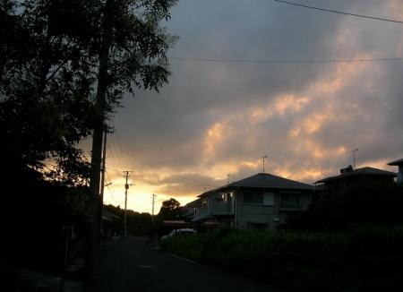 7/14.19:29西の空