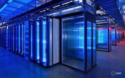 大型コンピューター