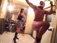M男 パンツを被せられハード鞭打ち!